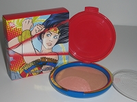 MAC Wonder Woman  Mineralize Skinfinish - Pink Power   20g / 0.70 oz  (BNIB)  LE, rare, discontinued, htf