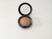 MAC Mineralize Skinfinish - Global Glow