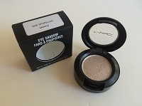 MAC Dazzleshadow - She Sparkles   (Marked Sample)